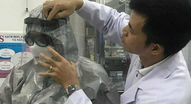 nghi ngờ nhiễm virus corona